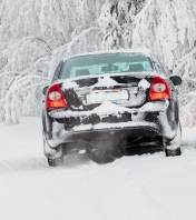 5 to Stay Alive: Winter Gear for the Car